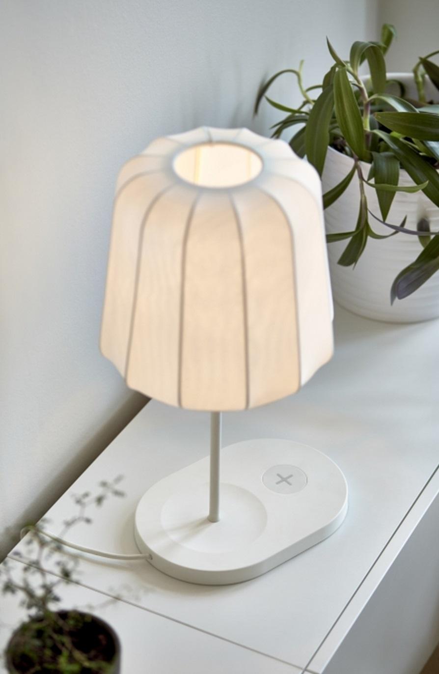 Ikea Lanza Una L Nea De Muebles Que Cargan El M Vil De Forma  # Muebles Moviles