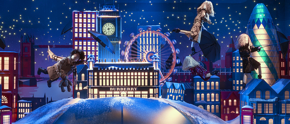 best window displays burberry 2014 christmas printemps voyage magique 02 1000x428